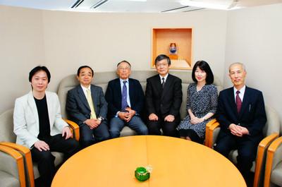 日本総合研究所にて、野田一夫先生と日本ビジネスセミナー協会受講者